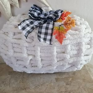 Chunky Ivory Knit Extra Large Pumpkin Wreath nwot